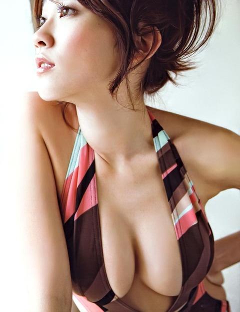 【Gカップ】原幹恵が過激度がエラい事になってるぞw Gカップアイドル原幹恵のグラビア画像・35枚目の画像