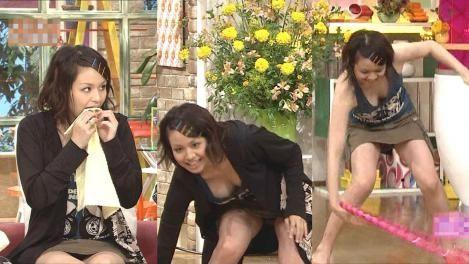 芸能人・女子アナ・歌手のtkbまで露出しちゃったハプニング画像wwww★芸能お宝エロ画像・11枚目の画像