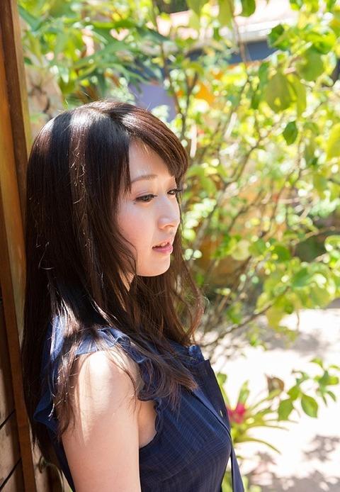 北海道が生んだネットリセックスがお上手なFカップAV女優★美里有紗エロ画像・2枚目の画像