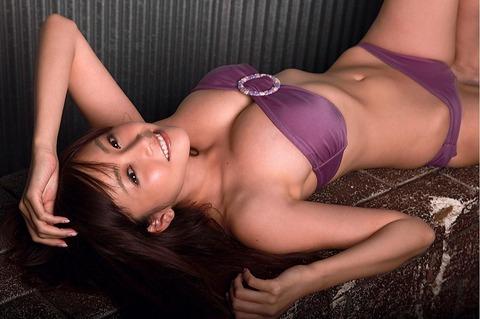 【新春】杉原はおっぱいだけじゃない!彼女のかわいい表情にちゅーもーく!ww・20枚目の画像