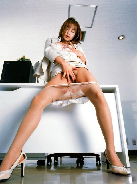 及川奈央のレジェンドの身体で抜こうやwwwww★及川奈央エロ画像・31枚目の画像