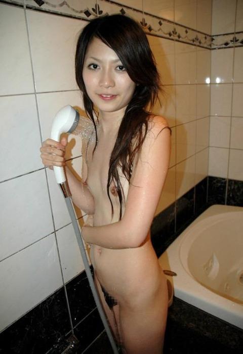 濡れてる毛ってエロくね?wwwwww★濡れ髪・濡れマン毛エロ画像・19枚目の画像