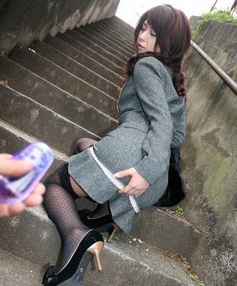 見せないテク持ちすぎww 晶エリー(新井エリー・大沢佑香)の見えてないのにエロい画像達・14枚目の画像