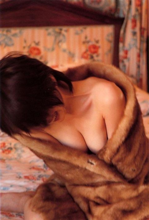 奥菜恵の流出済みリベポル画像とスレスレまで脱いだセミヌードwwwwww★奥菜恵エロ画像・6枚目の画像