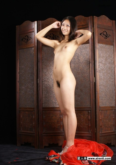 中国人のすっぽんぽん美女をご覧くださいwwwwww★外国人エロ画像・3枚目の画像