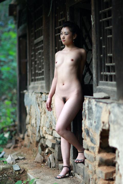 中国人のすっぽんぽん美女をご覧くださいwwwwww★外国人エロ画像・1枚目の画像