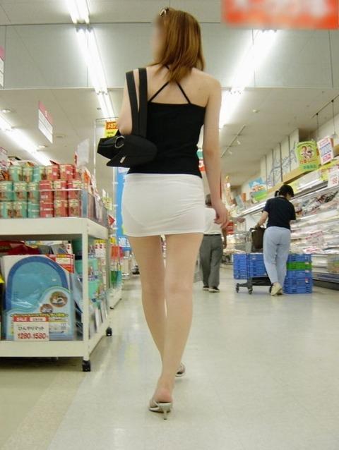 パンツが柄まで透けちゃってますがwwwwww★素人街撮りエロ画像・22枚目の画像