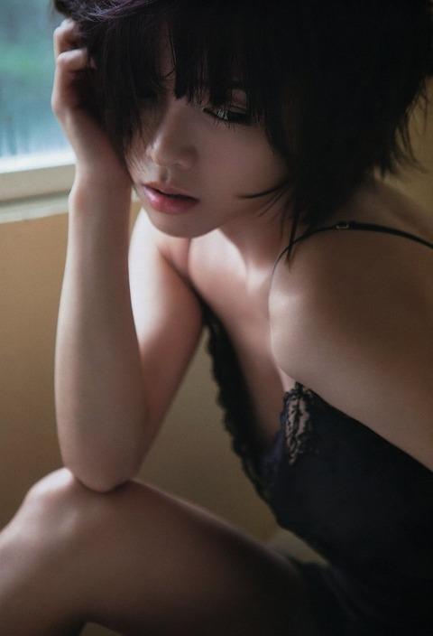 釈由美子が36歳のくせにビキニ姿がエロすぎるwwwwww★釈由美子エロ画像・8枚目の画像