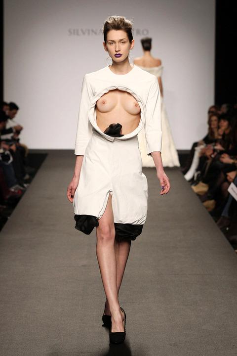 トップモデルのtkb丸出しファッションショーwwwwwww★スーパーモデルエロ画像・23枚目の画像