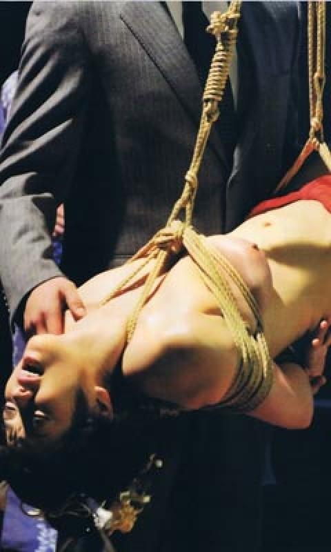 逮捕された小向さんが受けた拷問がこれwwwwwww★小向美奈子エロ画像・13枚目の画像