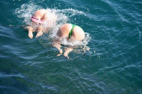 水着ギャルのビッチな尻が叩きたくなる画像まとめwwwwww★素人水着エロ画像・7枚目の画像