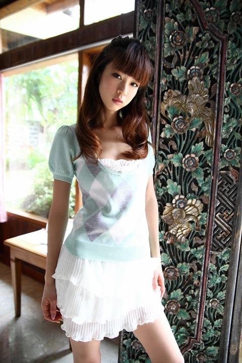 hoshino_aki_2979-068s