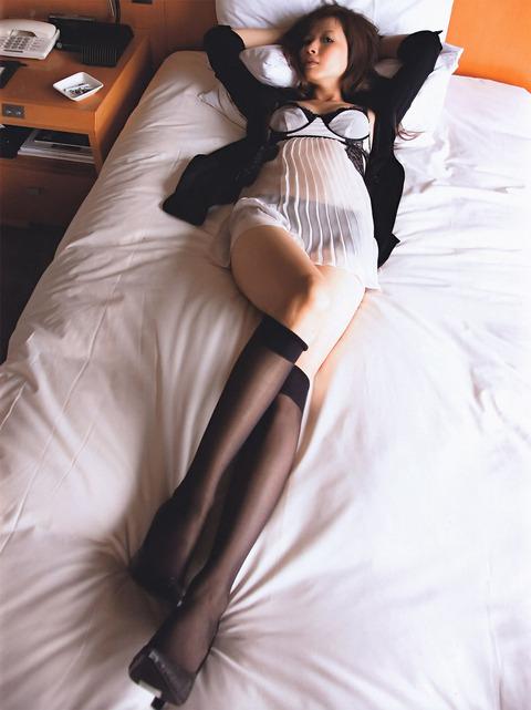 三浦理恵子の生おっぱいフルヌードと大人の色気画像まとめ★三浦理恵子エロ画像・30枚目の画像