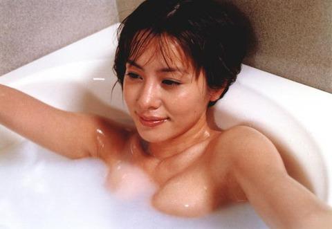 さとう珠緒ヘアヌードエロ画像18
