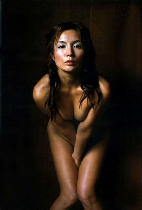三浦理恵子 ヌード画像がクッソエロいから芸能人お宝おっぱいに認定wwwwww・10枚目の画像