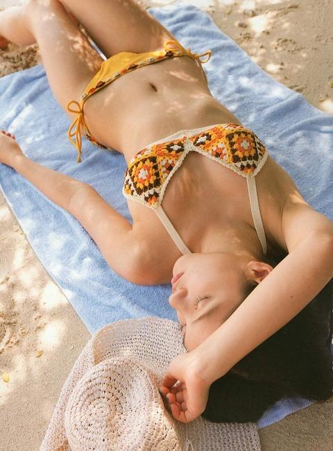 川島海荷 過激な水着セクシー画像!この子本当にかわいいわwwwwwwwww★川島海荷エロ画像・24枚目の画像
