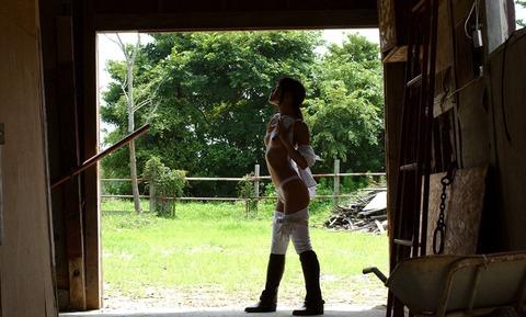 【個人撮影】乗馬が趣味というスレンダー美女の騎乗位SEXが予想以上にエロかったwwwwwwwAV女優・星月まゆらエロ画像★・27枚目の画像