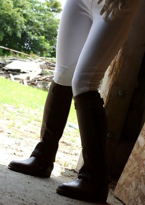 【個人撮影】乗馬が趣味というスレンダー美女の騎乗位SEXが予想以上にエロかったwwwwwwwAV女優・星月まゆらエロ画像★・18枚目の画像