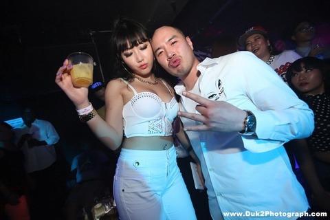 韓国のクラブにいるKARAみたいな韓国美女が抜けるエロ画像37枚・27枚目の画像