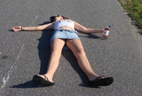 【ヤリサーの実態】新年会で泥酔した女の末路・・・・・・・・(画像あり)・6枚目の画像