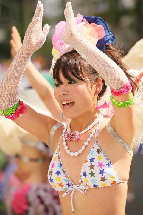 サンバカーニバルを日本で開催←露出狂が殺到wwwwwwww(画像あり)・7枚目の画像