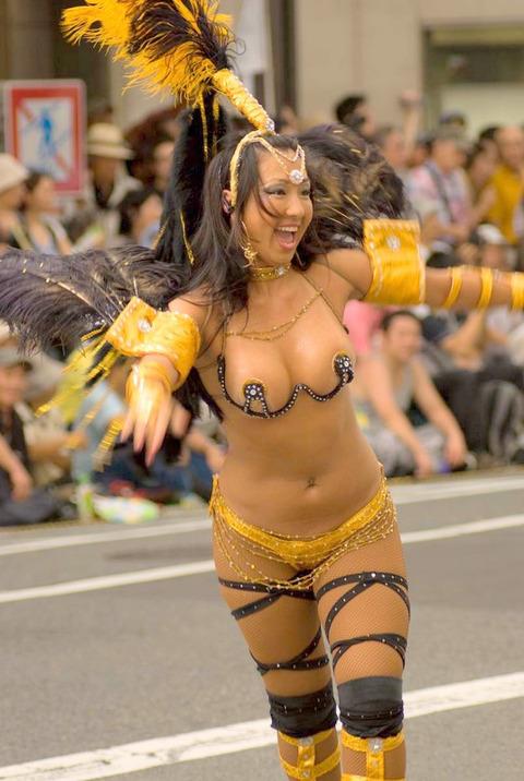 サンバカーニバルを日本で開催←露出狂が殺到wwwwwwww(画像あり)・18枚目の画像