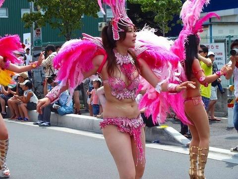 サンバカーニバルを日本で開催←露出狂が殺到wwwwwwww(画像あり)・26枚目の画像
