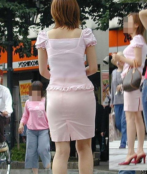 透けブラ・透けパン姿をした素人娘の盗撮エロ画像33枚・20枚目の画像