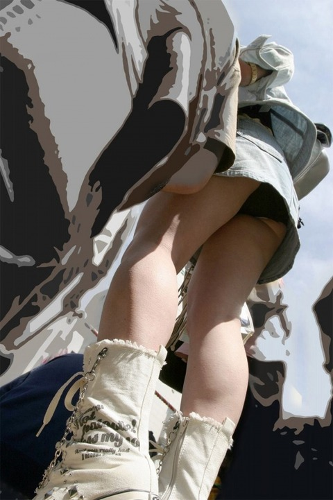 【※即保存推奨※】パンチラ女神認定された素人さん達の盗撮写メがマジで永久保存版wwwwwww(画像あり)・31枚目の画像