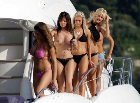 海外セレブの船上パーティーに参加した結果wwwwwwww「エロ過ぎて終始勃起」「レベル高杉」(画像あり)・10枚目の画像