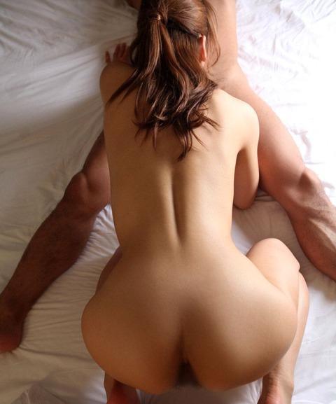【個人撮影】性欲の塊w美人なのに淫乱な人妻と週一3Pセックスしてるンゴwwwwwハメ撮りエロ画像★・16枚目の画像
