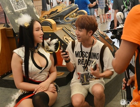 【フルボッキ不可避】台湾美女の巨乳谷間の強調率が異常wwwwwwwwwwww(画像あり)・14枚目の画像