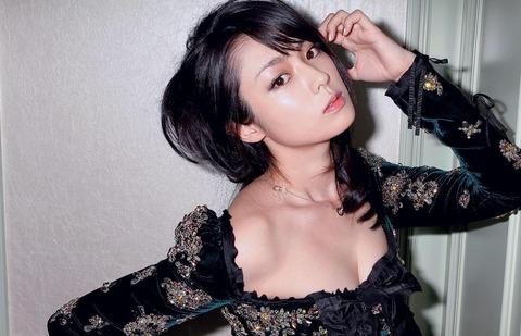 深田恭子のおっぱい・ハミケツが大分エロい件★深きょんエロ画像(`・ω・´)・18枚目の画像