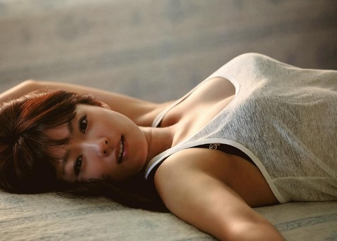 深田恭子のおっぱい・ハミケツが大分エロい件★深きょんエロ画像(`・ω・´)・20枚目の画像